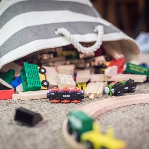 9 cheap storage hacks for children's toys Featured Image