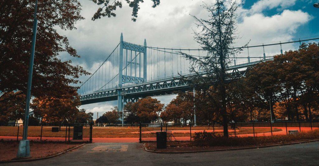 Astoria Queens Park Running Trail & Bridge
